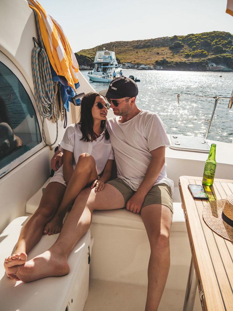 Sailing Carnac Island with Food & Wine
